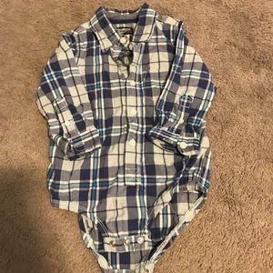 Oshkosh 1piece size 24 months. Never worn